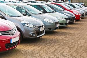 Ist der Autohändler zu einer Garantie verpflichtet?