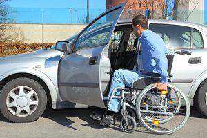 Planen Sie, ein Behinderten-Auto zu kaufen, ist einiges zu beachten.