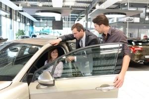 Wenn das Fahrzeug gebraucht ist: Ein Auto zu finanzieren, ohne eine Anzahlung zu leisten, ist oft möglich.