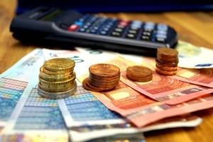 Bei der Gebrauchtwagen-Finanzierung ist wichtig, wie viel Geld Sie monatlich aufbringen können.