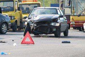 Die Gebrauchtwagengarantie greift nicht bei Unfallschäden.