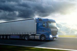 Unter Umständen können Sie auch bei einer Lkw-Versteigerung ein passendes Fahrzeug erstehen.