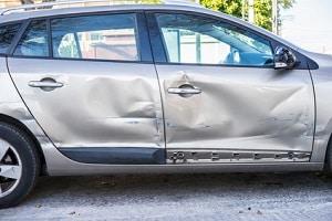 Nach einem Schaden erfolgt eine Rückstufung bei der Kfz-Versicherung.