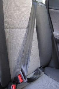 Sitzpolster vom Auto reinigen: Sie können selbst Hand anlegen.