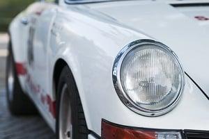 Für Sportwagen ist die Kfz-Versicherung in der Regel teurer als für Kleinwagen.
